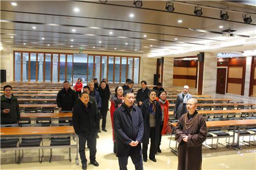 新闻|嘉兴市委常委、统战部部长赵树梅莅临七塔禅寺调研工作