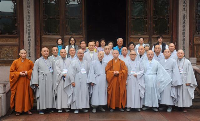 韩国临济宗七塔寺法派摩定法师一行参访七塔禅寺