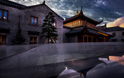 2016年七塔禅寺西扩工程竣工法华法会通启