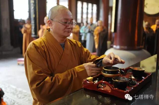 中国佛协宏度法师等考察七塔禅寺传戒筹备工作
