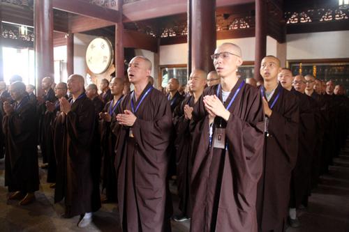 七塔禅寺传授护国兴圣三坛大戒法会举行上堂斋说法仪式