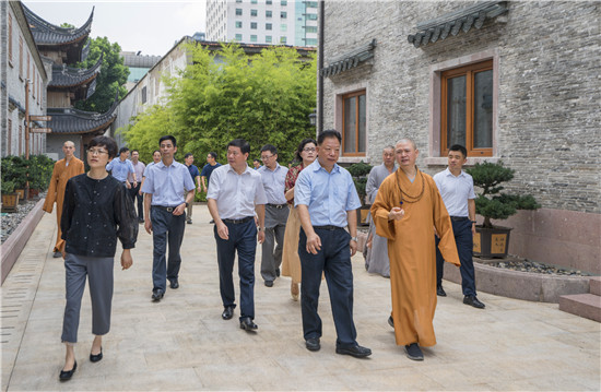 新闻|宁波市政协主席杨戍标视察七塔禅寺文化遗存保护工作