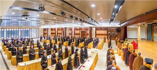 法讯|七塔禅寺隆重举行传授三皈依法会